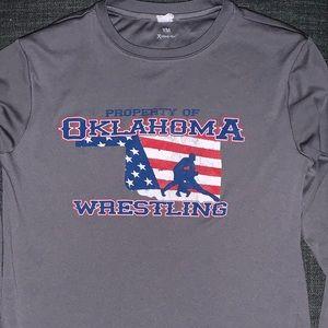 Youth med Oklahoma wrestling shirt